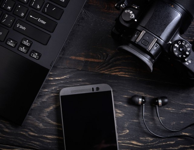 Iphone and camera gear