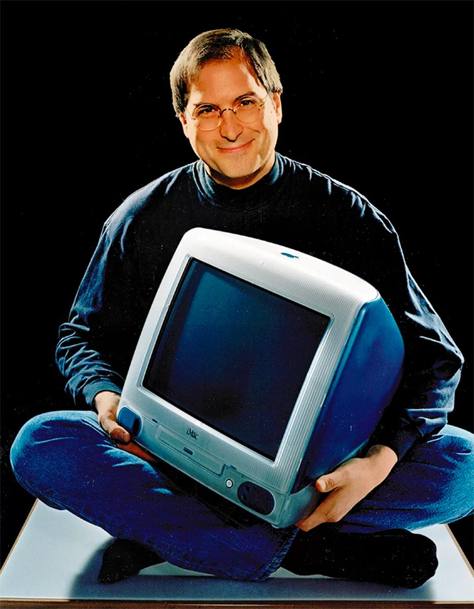steve jobs with iMac 1998