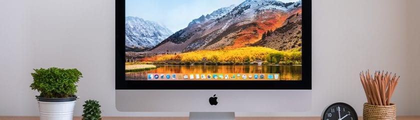 Apple desktop, iPad and iPhone